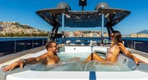 Luxury Yacht Charter (2)